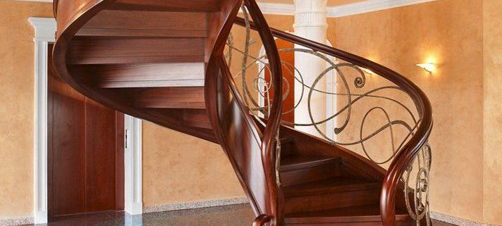 پله دوبلکس چوبی